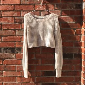 Beautiful and warm cropped sweater